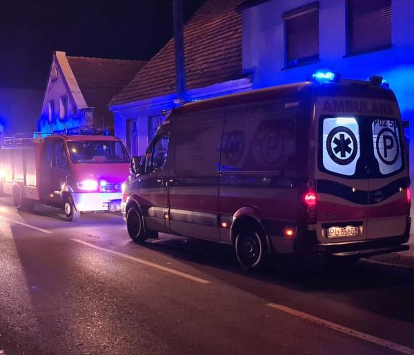 Nie było wolnej karetki. Na pomoc ruszyli strażacy. Liczyła się każda sekunda...-50594