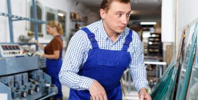 Ludzie nie chcą pracować? Firmy szukają rąk do pracy, a bezrobotnych przybywa-50782