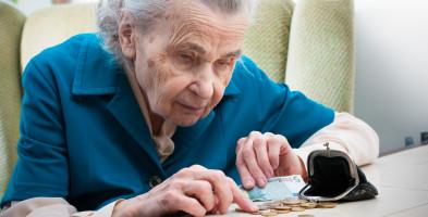 Ukończysz 100 lat, otrzymasz honorowe świadczenie z ZUS. Wiemy ile się należy-51460