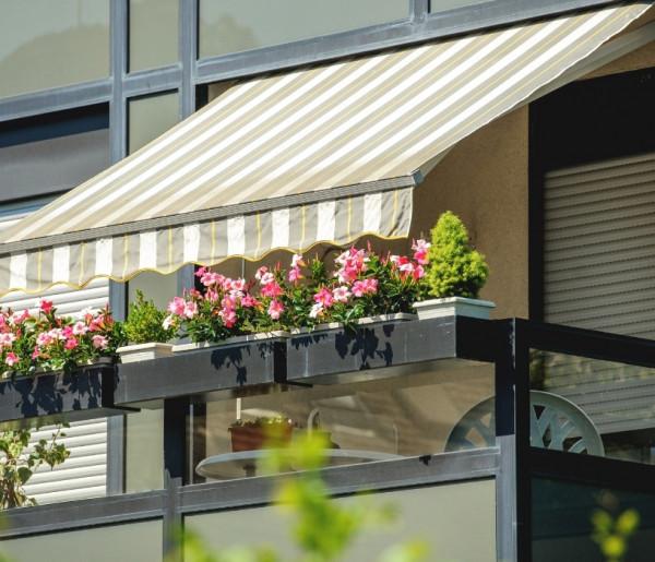 Balkon w bloku, jak go urządzić? Jest kilka ciekawych i prostych sposobów - 51528