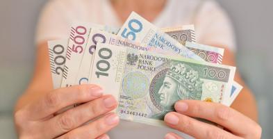 Minimalne wynagrodzenie za pracę w 2022 r. - 3 tys. zł; stawka za godzinę - 19,60 zł-52172