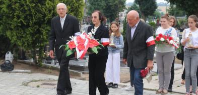 Gostynianie oddalihołd zamordowanymprzed latyżołnierzom-52285