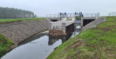Zapora skończona... Czy to pierwszy etap budowy zalewu w powiecie gostyńskim?-53244