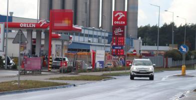 Ale jazda. Benzyna droższa niż Coca-Cola! Sprawdzamy ceny na stacjach w Gostyniu-53463