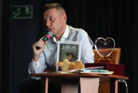 Inicjator pierwszego w Polsce okna życia, odwiedził Gostyń. To była lekcja miłości-53533