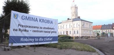 Liczą że to tempo prac na rynku w Krobi będzie większe -53625