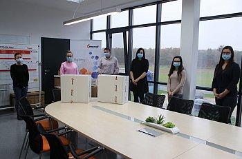 Firmy wspierają szpitale w Gostyniu i Marysinie-8891
