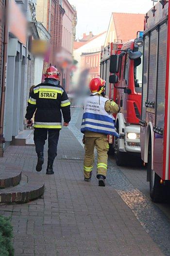 Deptak zamknięty przez straż pożarną i policję-8902