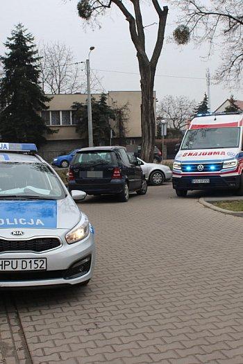 Zderzenie samochodu osobowego i rowerzystki w Gostyniu-8971