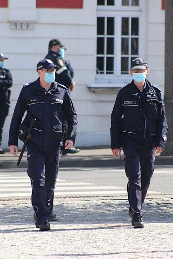Protest przeciwko obostrzeniom w Gostyniu-8992