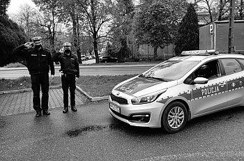 Policjanci z Gostynia oddali hołd zamordowanemu koledze-9017