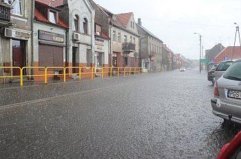 Ulewne deszcze nad powiatem gostyńskim-9076